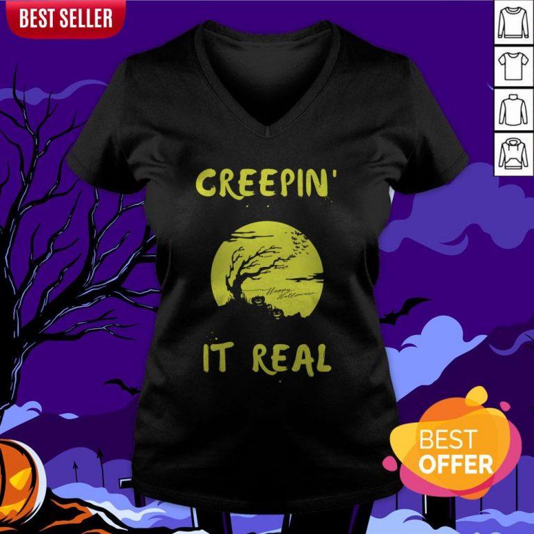Halloween Funny Graveyard Greepin' It Real V-neck