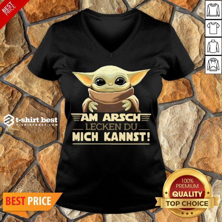 Nice Baby Yoda Am Arsch Lecken Du Mich Kannst V-neck- Design By T-shirtbest.com