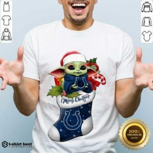 Awesome Baby Yoda Hug Indianapolis Colts Ornament Merry Christmas 2020 Shirt - Design By 1tees.com