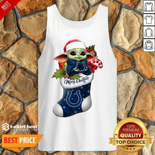 Baby Yoda Hug Indianapolis Colts Ornament Merry Christmas 2020 Tank Top - Design By 1tees.com