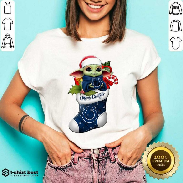 Awesome Baby Yoda Hug Indianapolis Colts Ornament Merry Christmas 2020 V-neck - Design By 1tees.com