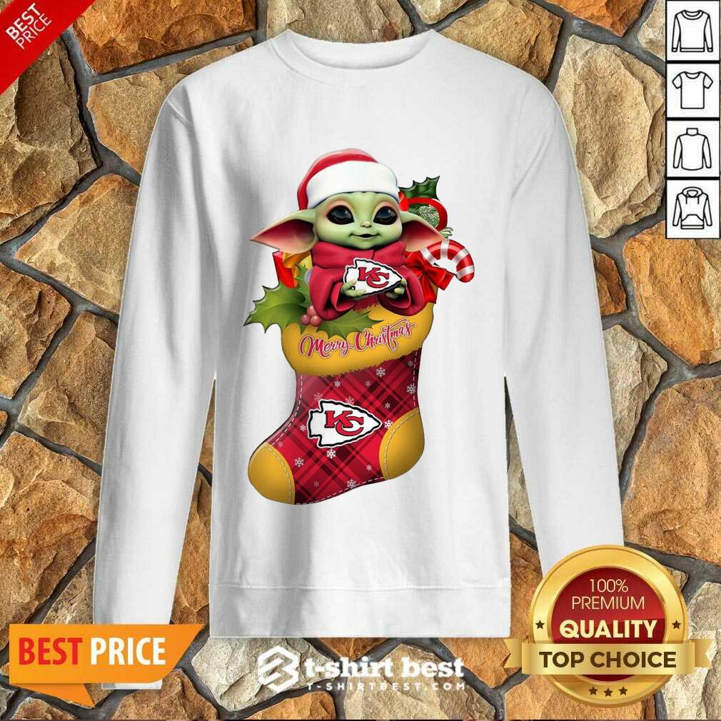 Original Baby Yoda Hug Kansas City Chiefs Ornament Merry Christmas 2020 Sweatshirt - Design By 1tees.com