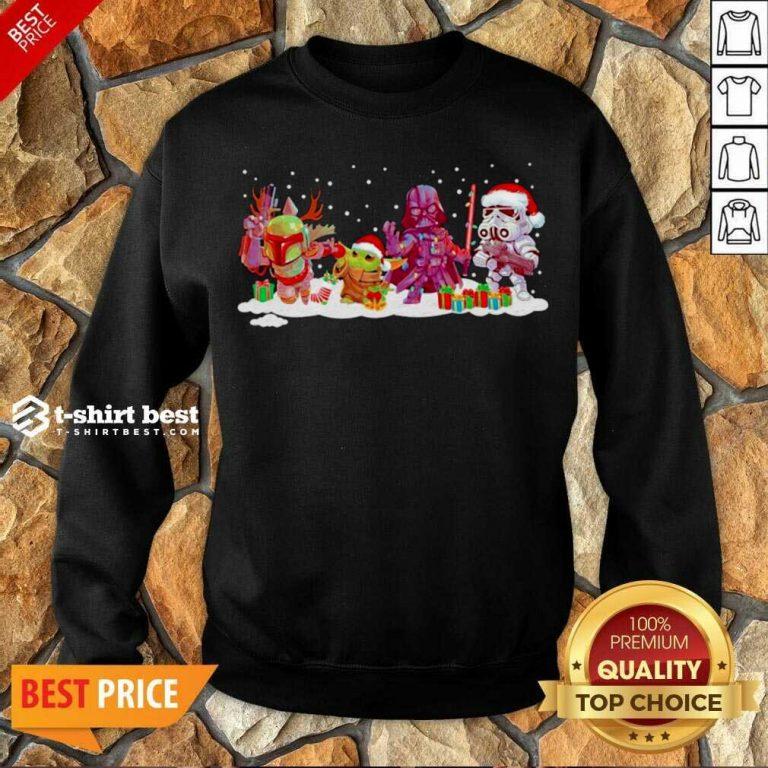 Star Wars And Mandalorian Friend Merry Christmas 2020 Sweatshirt - Design By 1tees.com
