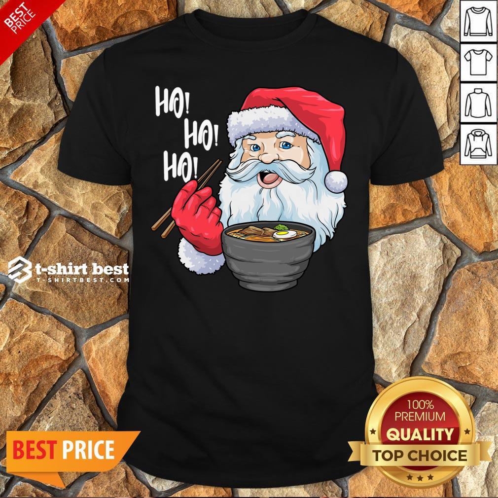 Top Santa Claus Eat Ramen Merry Christmas Shirt