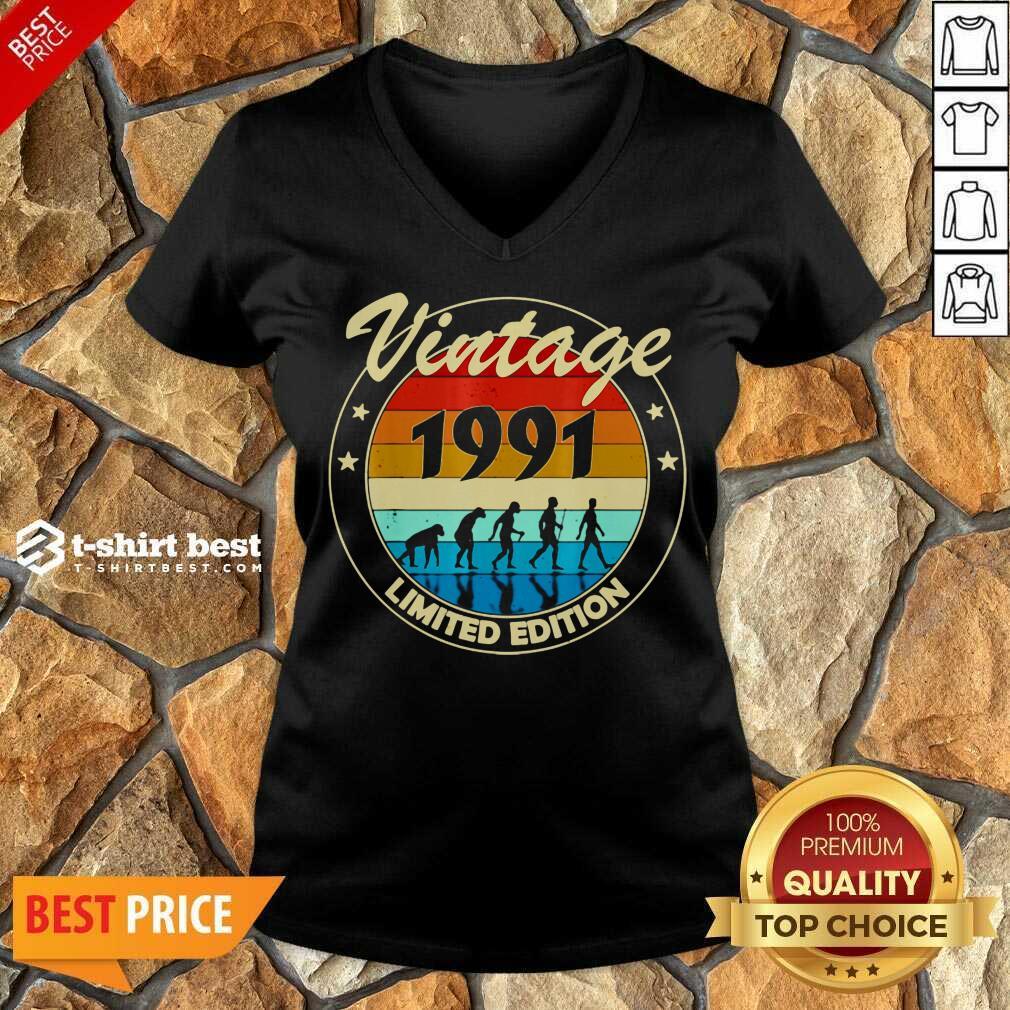Vintage 1991 Birthday V-neck - Design By 1tees.com