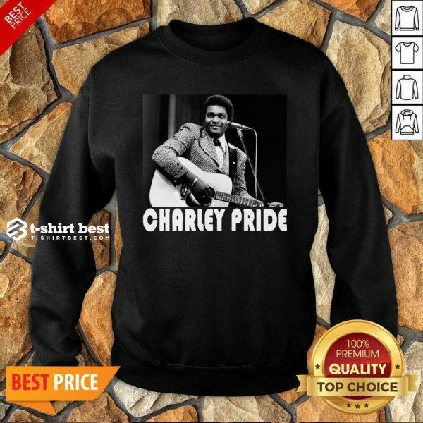 Charley Pride Playing Guitar 2020 Sweatshirt - Design By 1tees.com