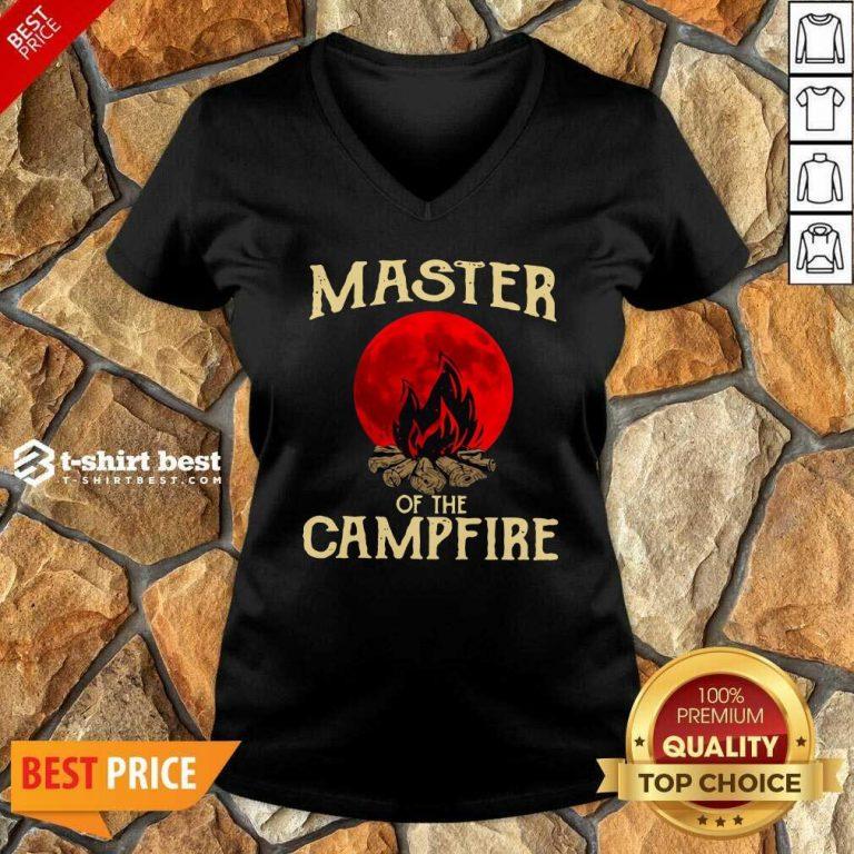 Master Of The Campfire V-neck - Design By 1tees.com