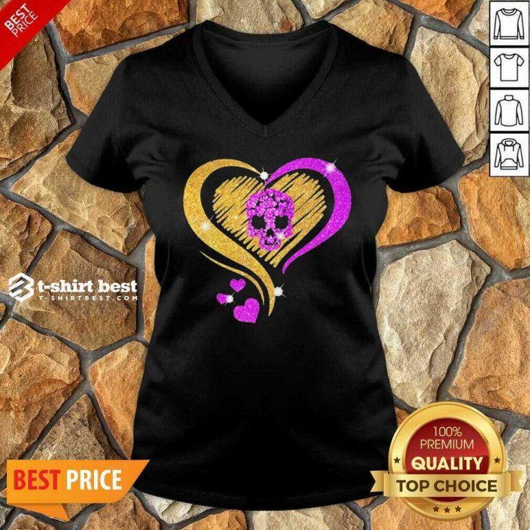 Skull Heart Bling V-neck - Design By 1tees.com