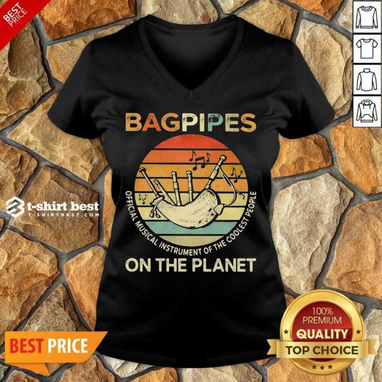 Bagpipes Musical Instrument 4 On The Planet V-neck - Design by T-shirtbest.com