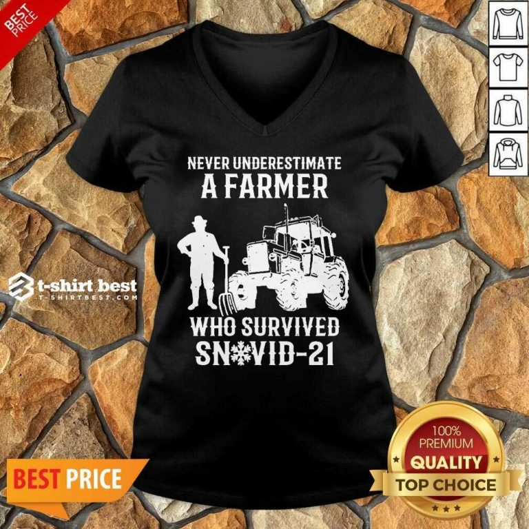 Never Underestimate A Farmer Who Survived Snovid 21 V-neck - Design by T-shirtbest.com
